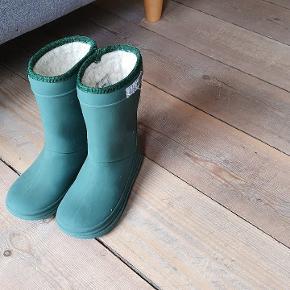 Enfant Termostøvler Der står 1/8 i bunden af støvlerne er brugt her da sønnen brugte str 24.  Gmb.