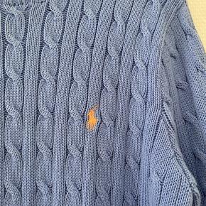 Lækker strik fra Ralph Lauren, i den flotteste blå farve 💙  Er aldrig blevet brugt da den er for stor    #30dayssellout