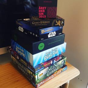 Jeg har samlet en lille bunke af forskellige brætspil der søger nyt hjem :)    Priser:  Game of Thrones Westeros Intrigue (ubrugt) - 80 kr.  Star Wars Carcassonne - 100 kr.  Den Fede Pingvin - 200 kr. (SOLGT)  Ringenes Herre - 100 kr.  Ego - 150 kr. (SOLGT) Small world realms (Ekspansion til Small world) - 150 kr. (SOLGT)  Året der gik 2015 - 30 kr.  Selvlysende Spiderman puslespil 40 kr.