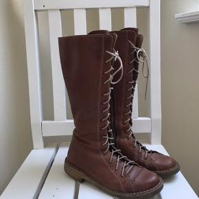 Skønneste støvle fra bubetti - den bedste støvle der findes - sælges da jeg har købt nye i sort