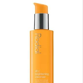 Rodial Vit C Brightening Cleanser Aldrig brugt og aldrig åbnet Opstrammende rens til ansigtet