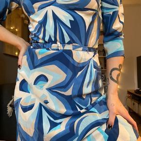 Retro kjole fra vero Moda 💙🤍