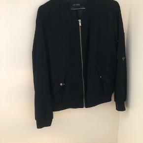 Bomber jakke fra Zara