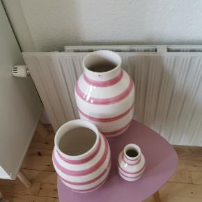 Fine vaser fra Kæhler i rosa. De har kun stået til pynt! Ses og købes i Kolding. Kasserne haves! :)