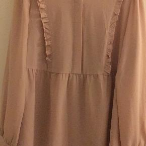 Ichi skjorte rosa med flæse str S