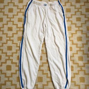 Newline bukser