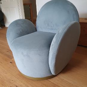 Bolia drejestol, modellen hedder Lady  er som ny, siddet i få gange, kun brugt til pynt.