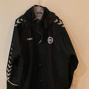 Ob jakke Str XL  Intet at se på jakken, næsten ikke brugt.  Skriv for flere billeder eller kom med bud