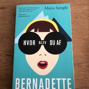 """Bog sælges 📕 """"Hvor blev du af, Bernadette?"""" Af Maria Semple.  50kr eller kom med et bud ☺️"""