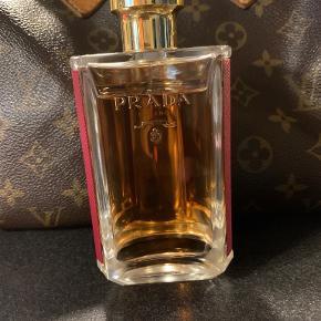 Prada parfume