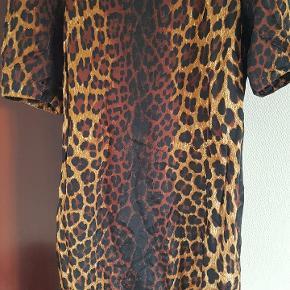 Leopardkjole