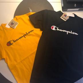 Sælger disse to t-shirts fra Champion, da jeg får dem brugt 🌸