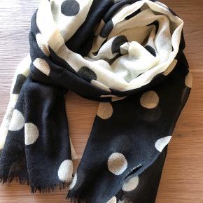 Two Danes tørklæde