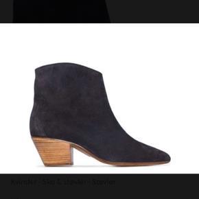 Fede støvler fra Isabel Marant.   Aldrig brugt. Lidt små i størrelsen