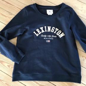 Super kvalitets sweatshirt fra Lexington. Tænker den kan bruges af begge køn. Brugt få gange. Nypris var 800,-
