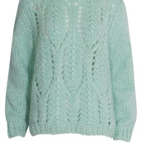 Storm & Marie sweater