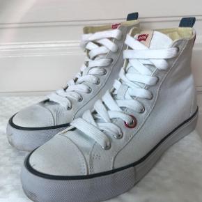 Super lækre basket støvler.