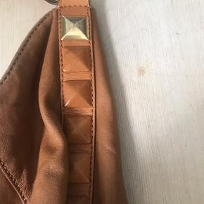 God taske med masser af patina ❤️🌼