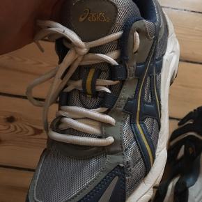 Vintage rare Asics sneaker 👟💖