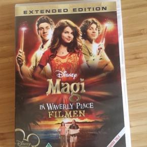 Magi på waverly place  Disney film -fast pris -køb 4 annoncer og den billigste er gratis - kan afhentes på Mimersgade 111 - sender gerne hvis du betaler Porto - mødes ikke andre steder - bytter ikke