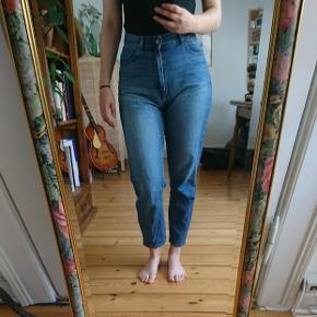W27L30 Nora jeans