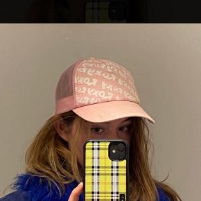 Roxy hat & hue