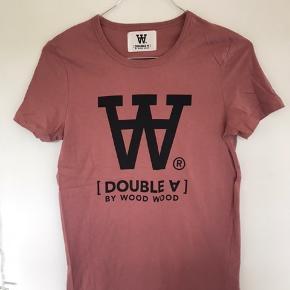 En hel ny WW trøje  Er for lille Str xs