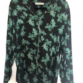 Ægte silke skjorte - ny pris 1599,-