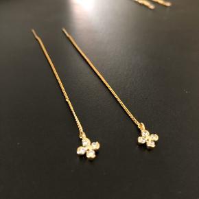 Kæde ørering længde: 9 cm kæde 18k guldbelagt