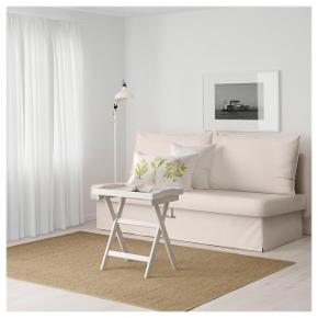 Så fin og behagelig sovesofa fra IKEA.. brugt ganske lidt og derfor i god stand.. masser af opbevaringsplads til dyner og puder nedenunder.. Nypris 2600