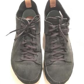 Brand: Clarks - Trigenic flex Varetype: Sneakers Farve: Sort  Byd! :-)