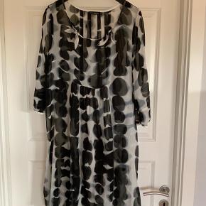 Creton anden kjole & nederdel