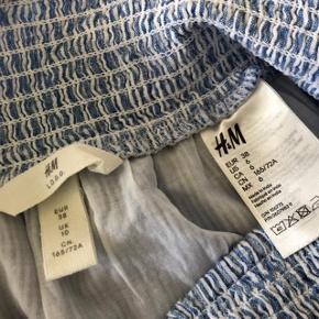 Skøn nederdel str 38 😀  * brugt få gange 📌  * nypris 199kr