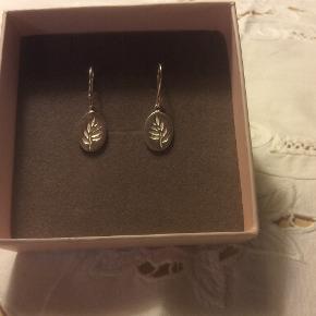 Julie Sandlau Signature Finesse ørering i sølv, kun sjældent brugt.