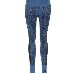 Lækre leggings fra Adidas Stella McCartney. Brugt 2 gange og er som nye. Almindelig str S. Bytter ikke.