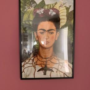 Plakat af Frida Kahlo inkl. ramme.  Fejler ingenting.   Størrelse: 70x100