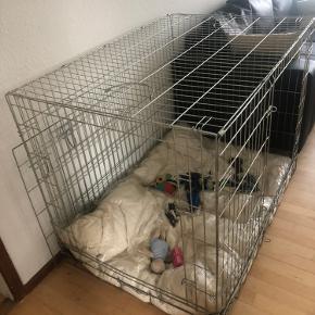 Hundebur. 113x75cm. 500kr eller byd