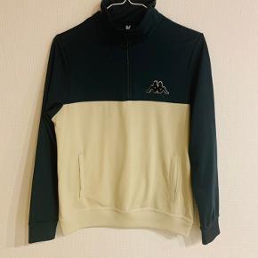 Superfed zip bluse fra Kappa Kontroll