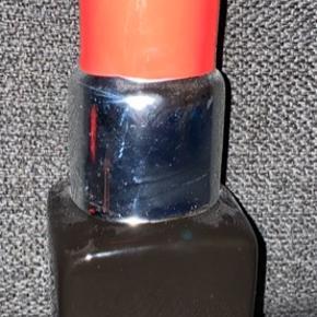 Læbestift som sparegris  Måler  - 7 cm Bred  - 21 cm Høj