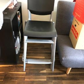 4 x Stig barstol  IKEA Sort Næsten ikke brugt Fremstår som nye Nypris kr. 95 stk. Mindstepris kr. 250 kr. samlet