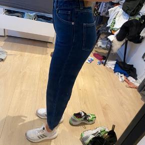 Fede monki jeans sælges - str. 25, brugt 1 gang