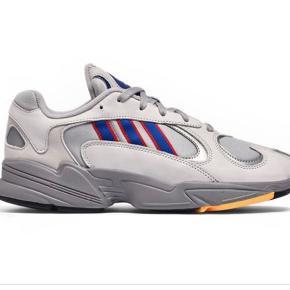 Fede Sneakers🌸 Adidas yung-1   Giver mængderabat, tjek profilen ud!
