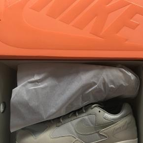 Nike X Fear of God Skylon II Brand new with original box and receipt. Mp 1200