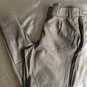 Monki bukser