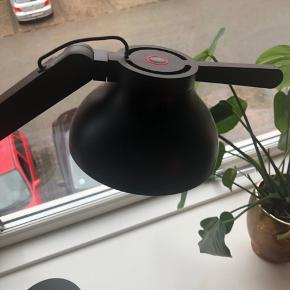 Hay lampe. Tændes ved touch