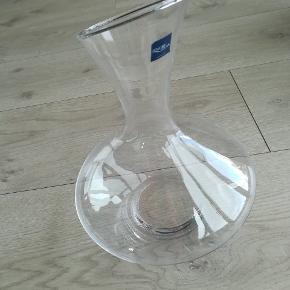 Ny glas karaffel fra Lyngby glas, stadigvæk med mærke samt emballage.  Har aldrig været i brug.