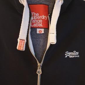 Super fed hætte trøje. Skøn kraftig kvalitet.  Køber betaler ts og porto 👍👍