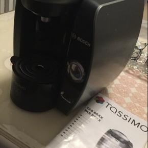 Sælger min lidt brugte Bosch Tassimo (Tas 65xx/Tas 85xx) kaffemaskine... Virker som den skal  Kvit er mistet