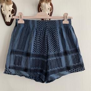 Cecilie Copenhagen shorts  One size
