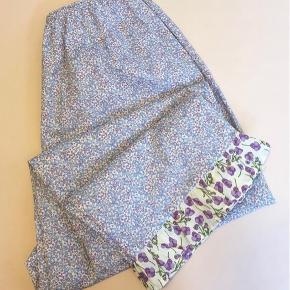 Super smukke bukser fra milsted.  Det er en str 1 og vil passe en xs/s   Mp 850 pp og evt gebyr  Jeg bytter ikke